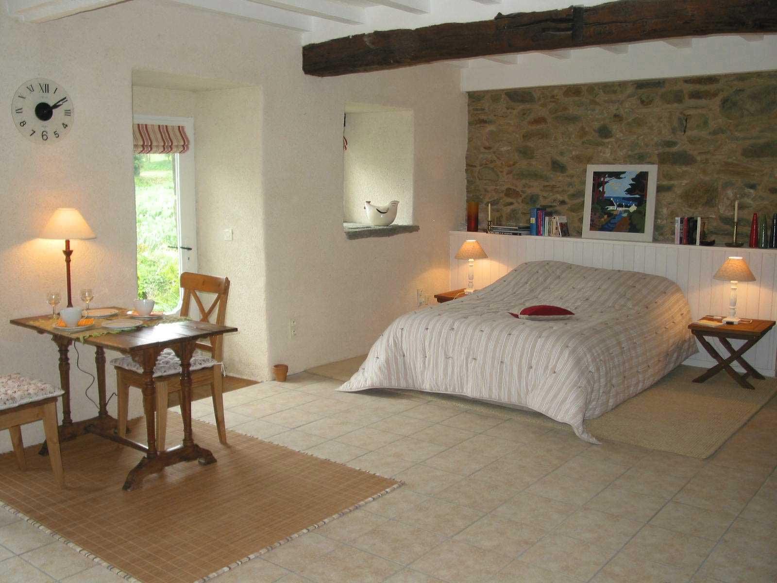 qu est ce qu une chambre d h te louer chambre d 39 hotes. Black Bedroom Furniture Sets. Home Design Ideas
